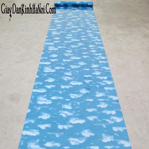 Mẫu giấy dán kính hình mây trời màu xanh