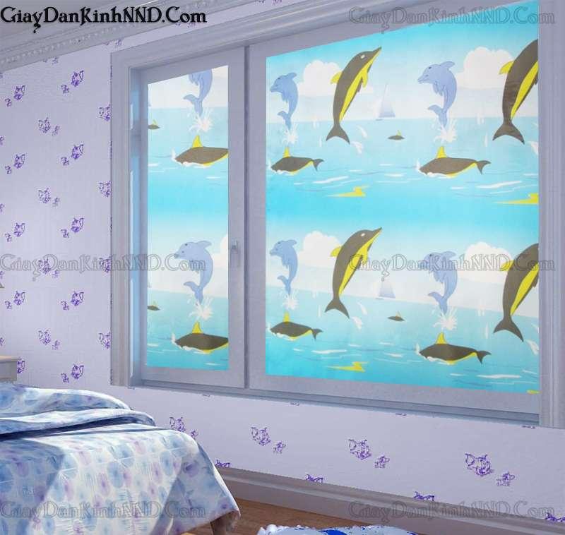 Tư vấn chọn mẫu giấy dán kính cửa sổ phòng ngủ đẹp